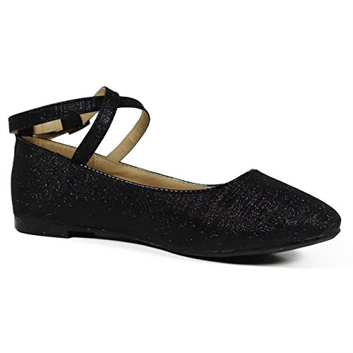 Shop girls' dress shoes: baby, toddler, preschool, and grade school! Find the right fit at Famous Footwear!